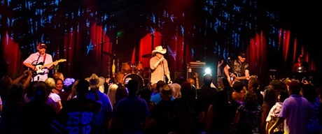 Country band on stage at Club Madrid